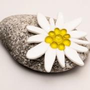 Gepersonaliseerde urn met Edelweiss van glas