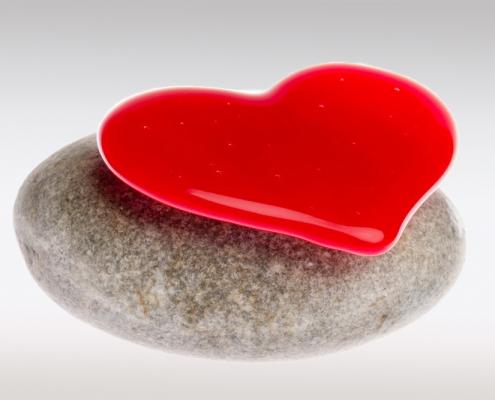 Mini urn met hart van glas