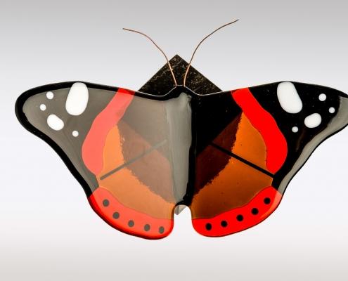 Urn met Atalanta vlinder van glas