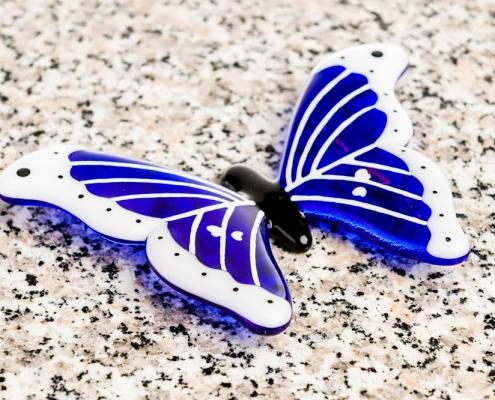 Glazen vlinder grafornament blauw