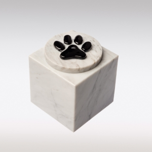 Witte marmeren urn met kattenpootje van glas